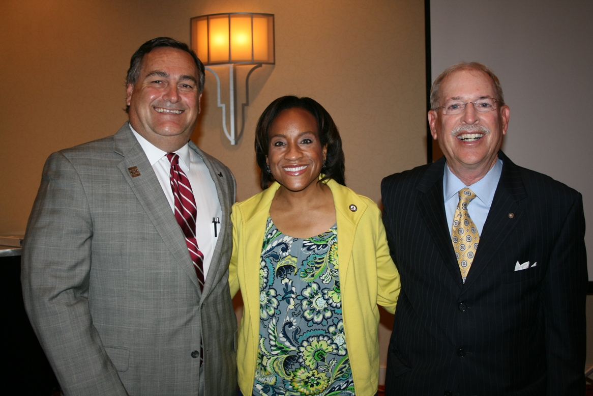 (from left) David Ropp, Chamber Chesapeake Division Chair; Bonita Billingsley Harris, Dominion Resources Services; and Max Bartholomew, Dominion Resources Services