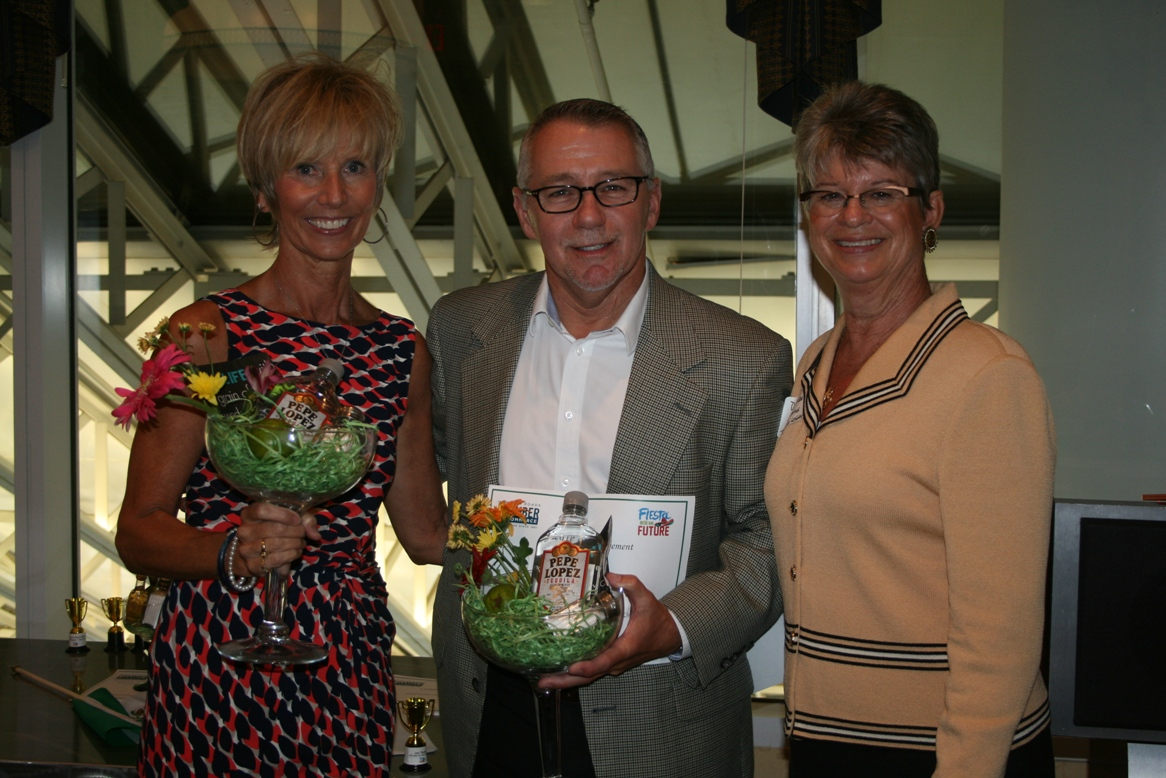 From left: Campaign Co-Chairs, Susie Archer, Joe Thomas, and Deborah Stearns