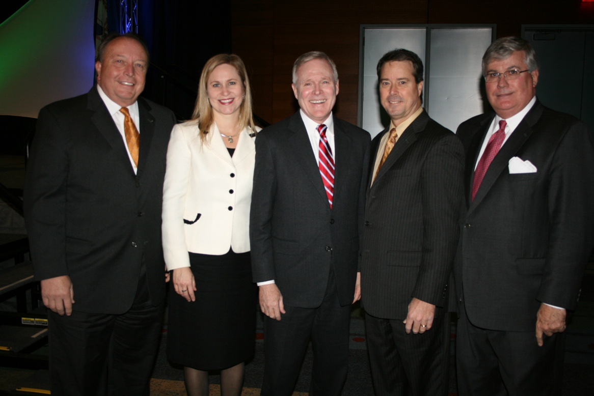 (from left) Thom Prevette, Bon Secours Virginia Health System (presenting sponsor); Lisa Kersey, Chamber's 2010 Suffolk Division Chair (Bon Secours Virginia Health System); the Honorable Ray Mabus, Secretary of the U.S. Navy; Nelson Adcock, Chamber's 2010 & 2011 Chair (GeoEnvironmental Resources, Inc.); and Jack Hornbeck, CCE, Chamber's President and CEO