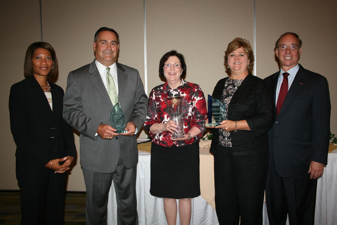 (from left) Shepelle Watkins-White (ShepelleWatkinsWhite, Consulting & Law, PLLC), Chair, Chesapeake Division; David Ropp, Monarch Bank; Dr. Linda Rice, Provost of the Chesapeake Campus of Tidewater Community College; Claudia Cotton, Tidewater Builders Association; Chesapeake Mayor Alan Krasnoff