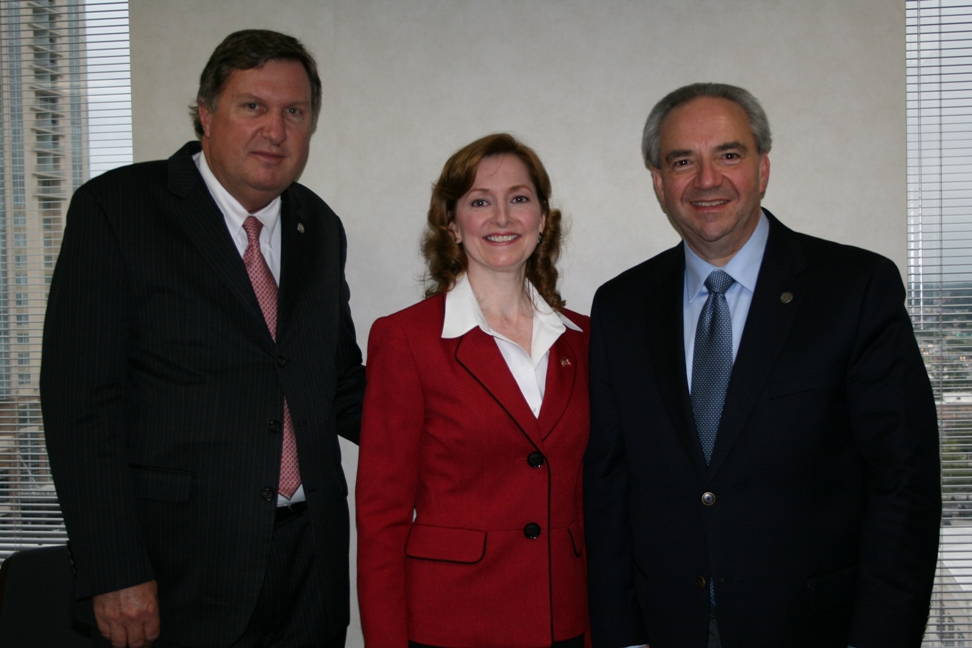 Ira Agricola; Senior Vice President, Hampton Roads Chamber of Commerce, Susan  Blackman; Governmental Affair Chair, Hampton Roads Chamber of Commerce and Willcox, Lt. Gov. Bill Bolling