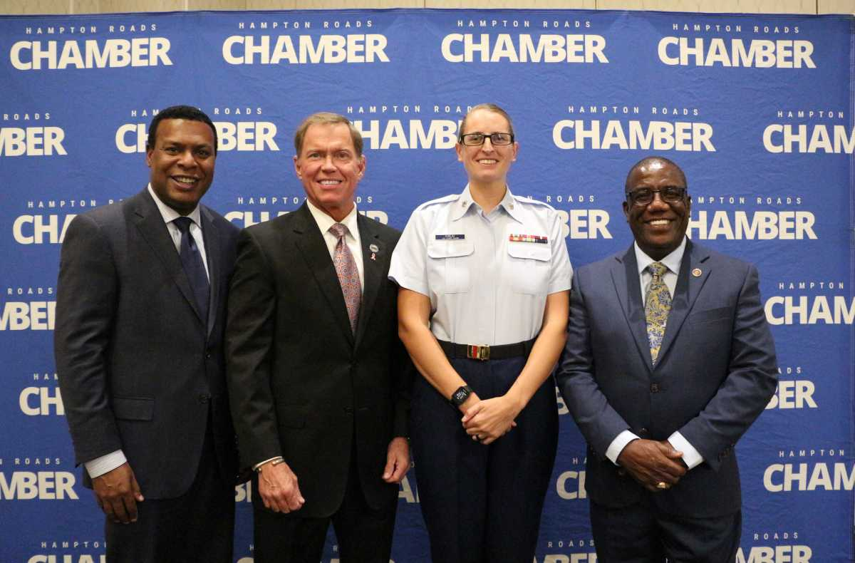 Petty Officer Second Class Elizabeth Kirlin named 2018 Military Citizen of the Year