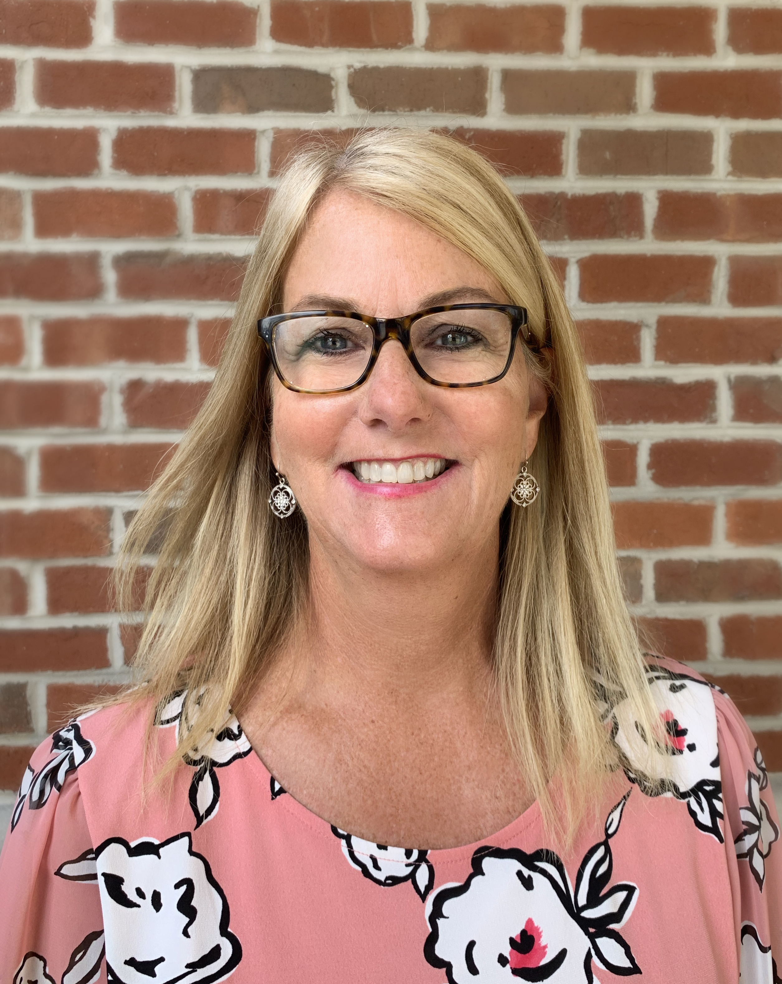 Christine Carruthers Joins Harbor's Edge as Vice President of Marketing
