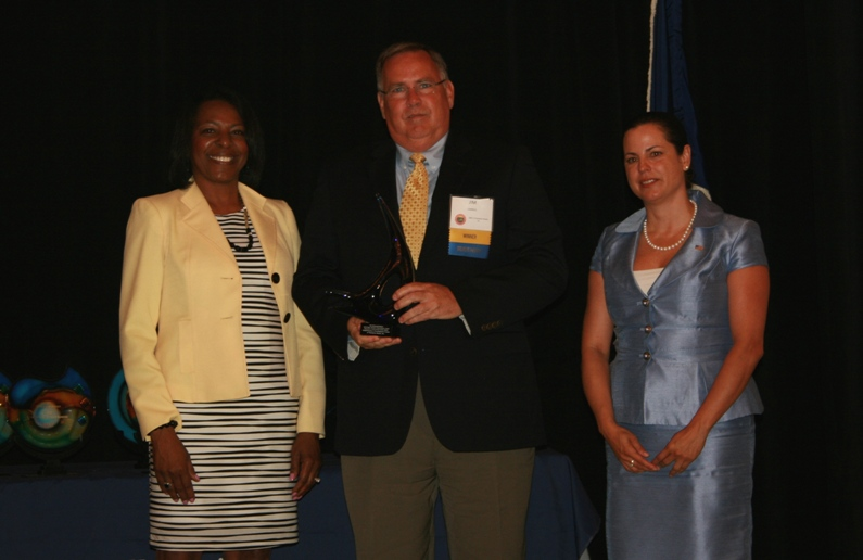 Small Business Development Center of Hampton Roads Wins U.S. Small Business Administrations Excellence and Innovation Center Award