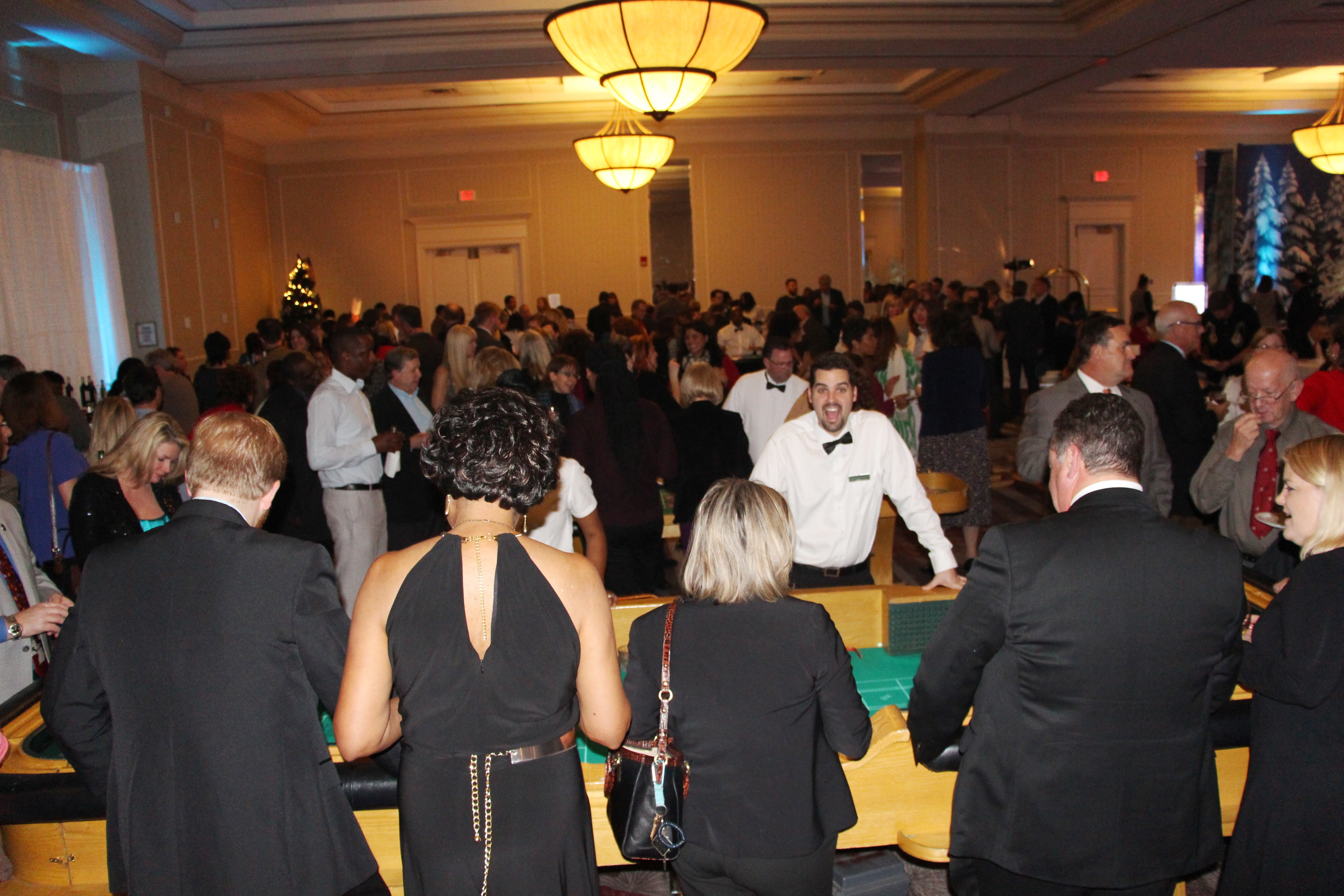 Hampton Roads Chamber Thanks Members at Inaugural Holiday Reception