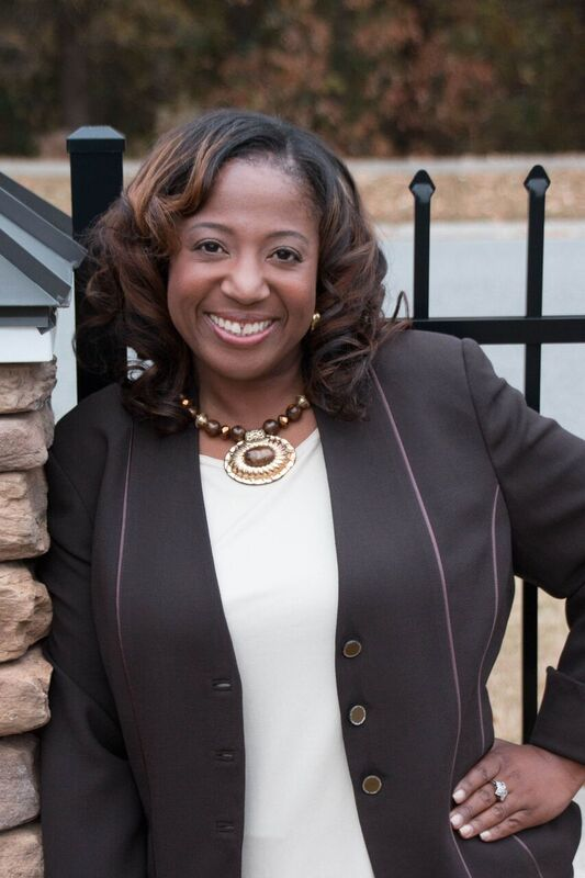 Hampton Roads Chamber Volunteer Ambassador Selected as a 2016 Women in Business Honoree