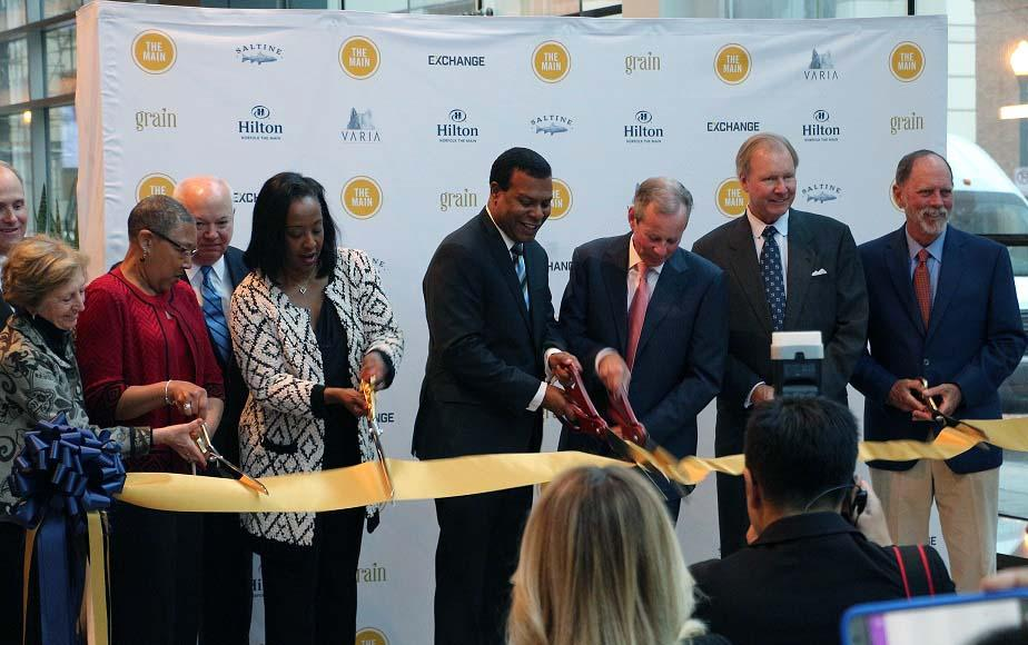 Hilton Norfolk THE MAIN Holds Ribbon Cutting